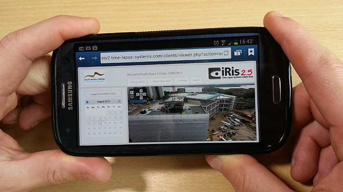 Photo of the iRis 2.5 viewer being used on a mobile phone