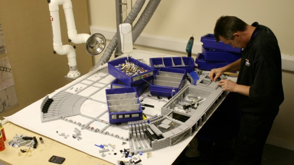 Building Lego Dallas Cowboys Stadium at Legoland Windsor
