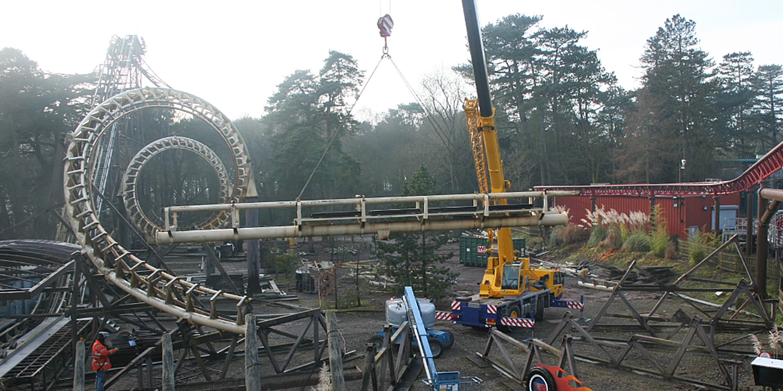 Roller Coaster Demolition : Corkscrew demolition time lapse systems by hideaway