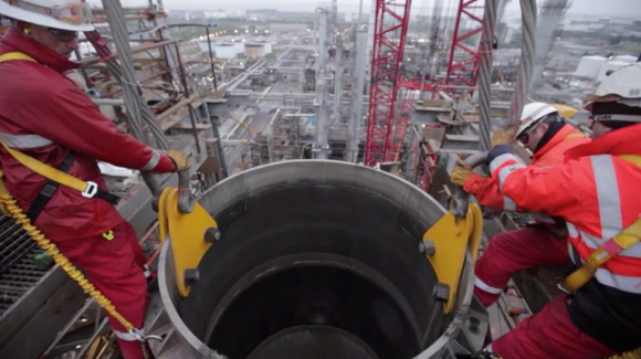 Essar Regenerator Head replacement from the top of the structure