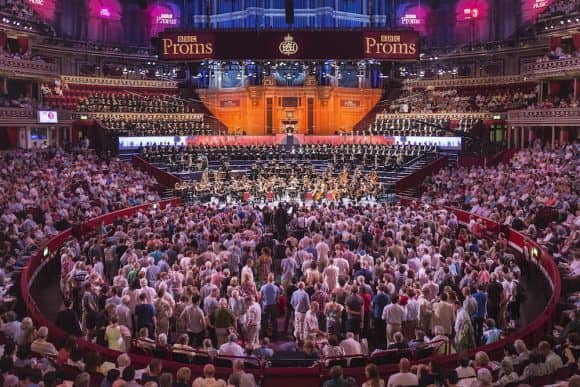 Crowd in the round at The Proms